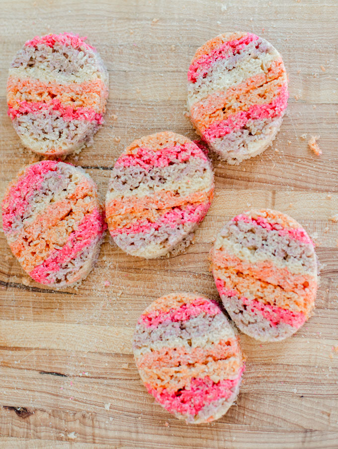 rice krispy treat, easter egg rice krispies, colorful rice krispy treat, egg rice krispy treat recipe, easter egg rice krispy, rice krispy recipe, Easter fun with kids, Easter recipe for kids