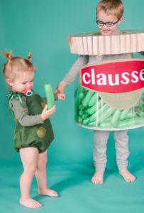 DIY Pickle Halloween costume, DIY pickle jar halloween costume, easy DIY halloween costume, easy kids halloween costume, easy halloween ideas, DIY Halloween ideas