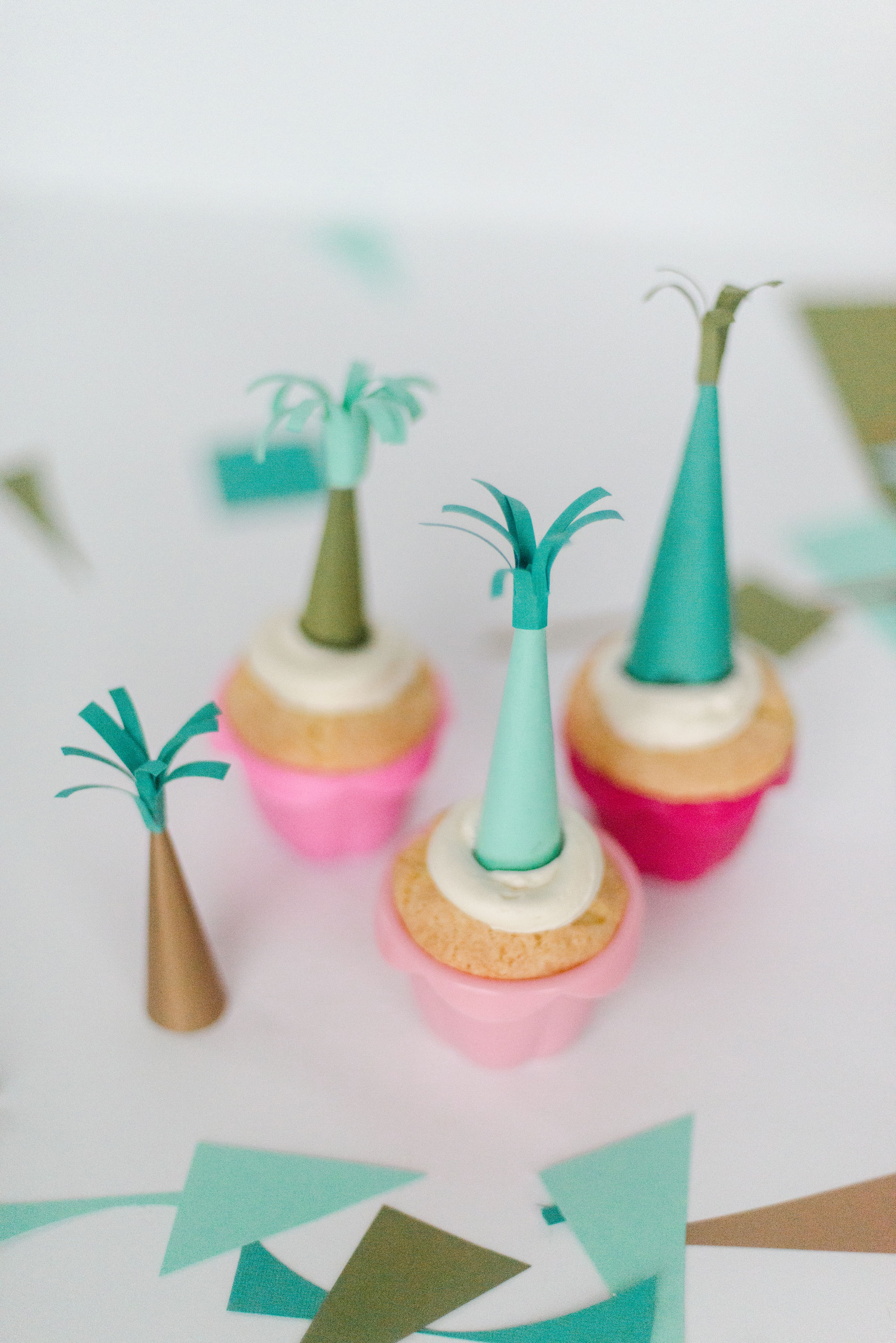 cupcake topper party hats, birthday party cupcake topper, birthday party cupcake ideas, kids birthday party ideas, easy kids birthday craft, easy kids birthday party decorations, easy birthday decor