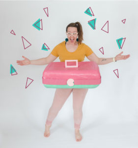 How to make a caboodle costume, caboodle costume DIY, costume DIY, oh yay costume challenge, emily steffen costumes, paper mâché costume, DIY paper mâché costume, 80s inspired costume