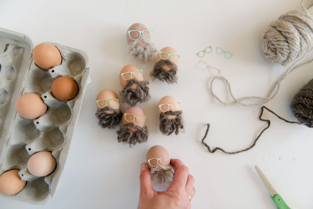 no dye easter eggs, bearded easter eggs, bald easter eggs, eggs with a beard, hipster easter eggs, millennial easter eggs, how to make easter eggs with a beard, easy easter egg decorations, easy easter decorations
