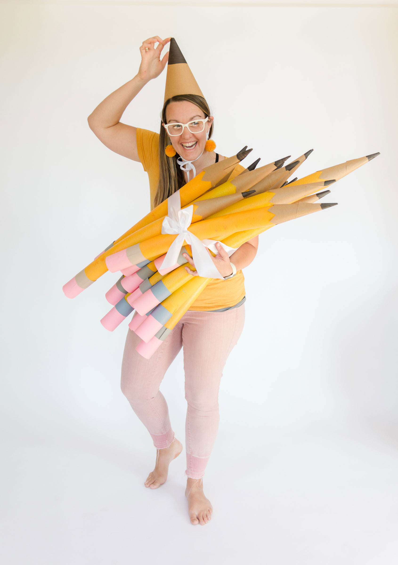 how to make large pencils out of pool noodles, large teacher pencils from pool noodles, large pool noodle crafts, pool noodle pencils