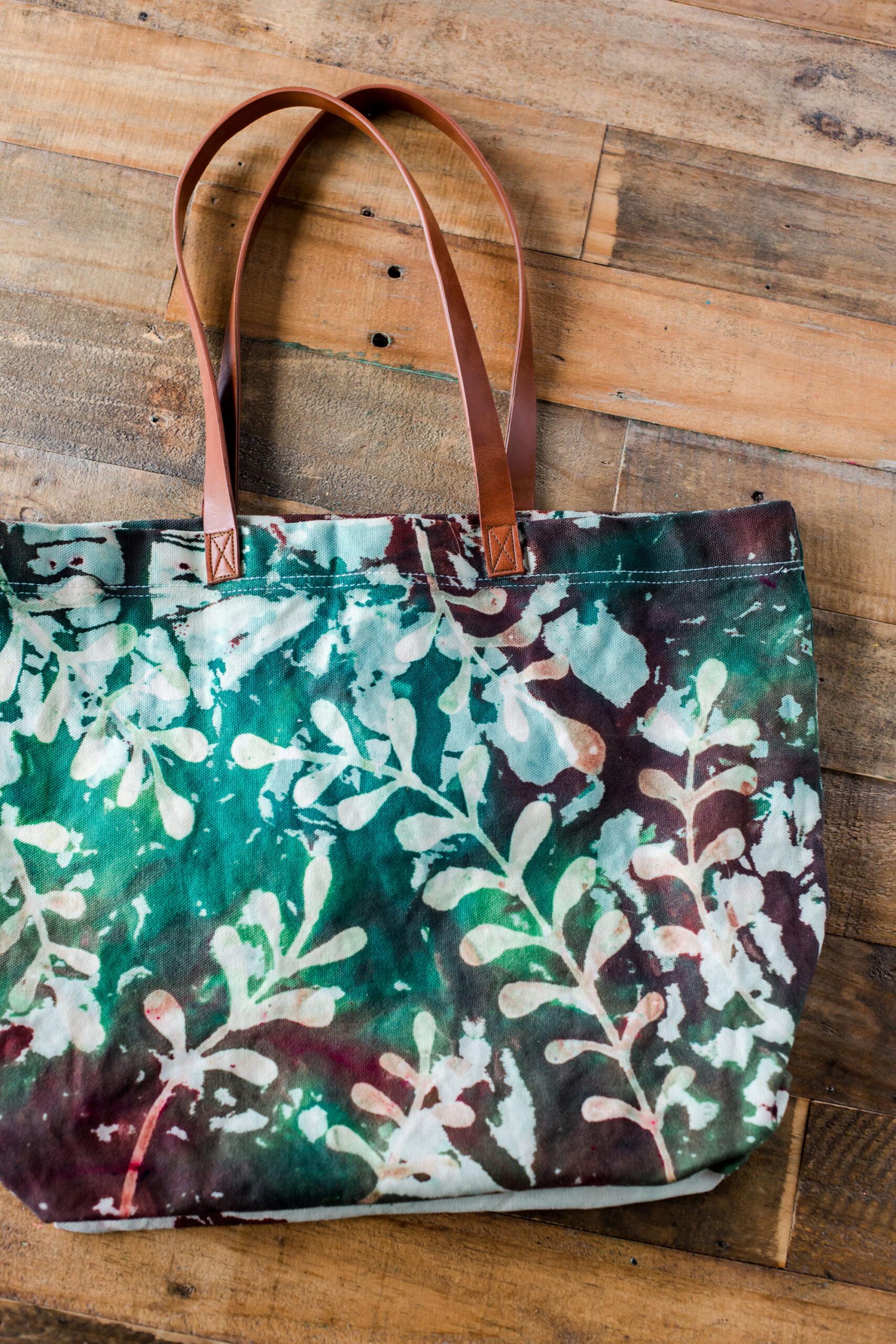 How to glue resist tie dye, tulip one step dye DIY, glue resist tie dye, resist tie dye, how to tie dye, tie dye bag DIY
