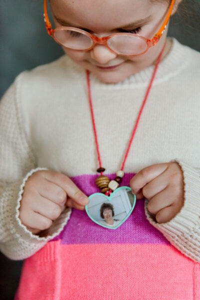 Mother's Day locket, Mother's Day locket DIY, Mother's Day DIY with kids, DIY for Mother's Day, Walmart same day prints, How to make a cardboard locket
