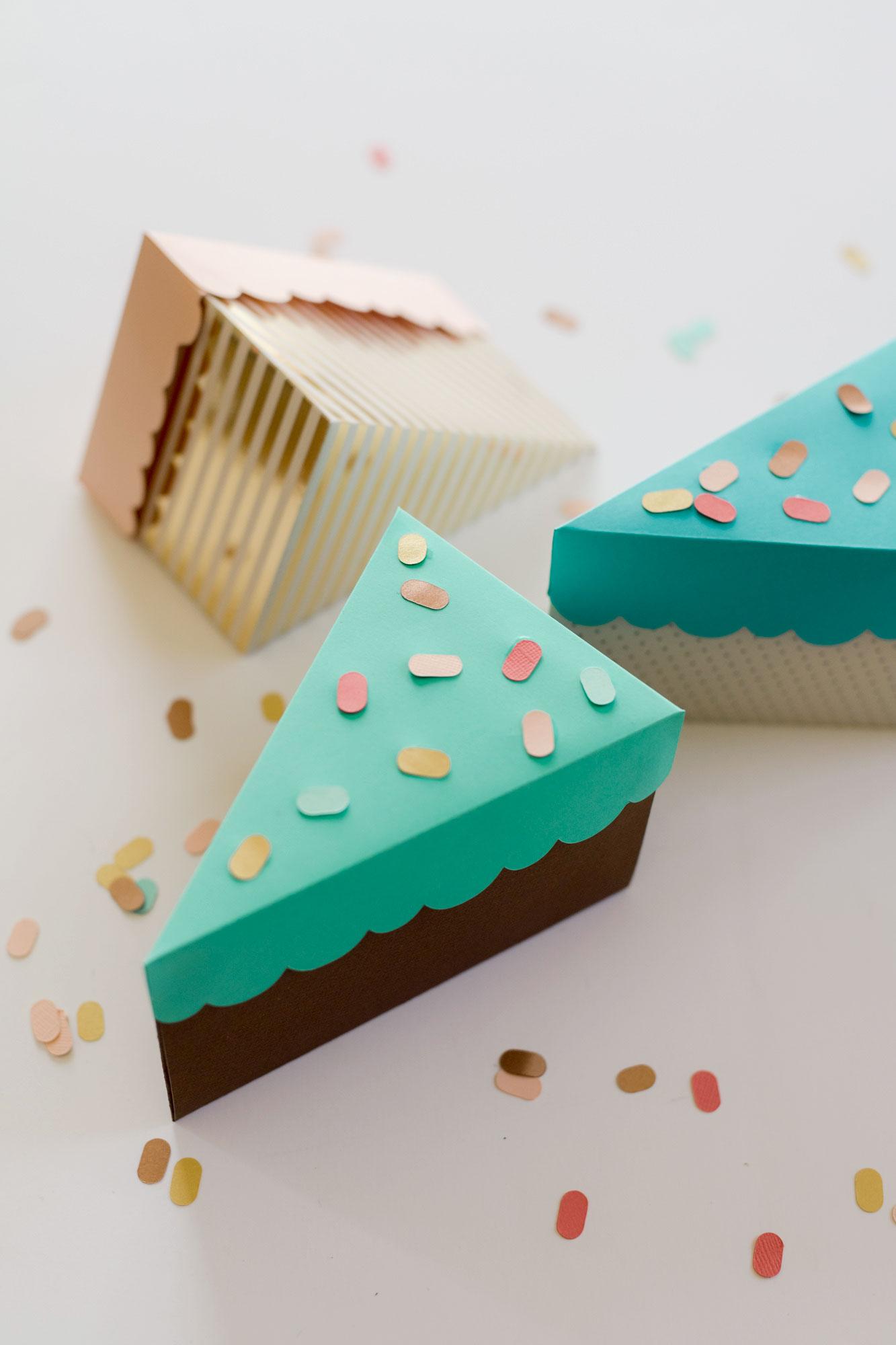 Birthday cake paper box, free SVG file, free cricut birthday party file, birthday party SVG free, Free birthday SVG file, free SVG file